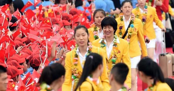 Mainland Olympians visit Hong Kong