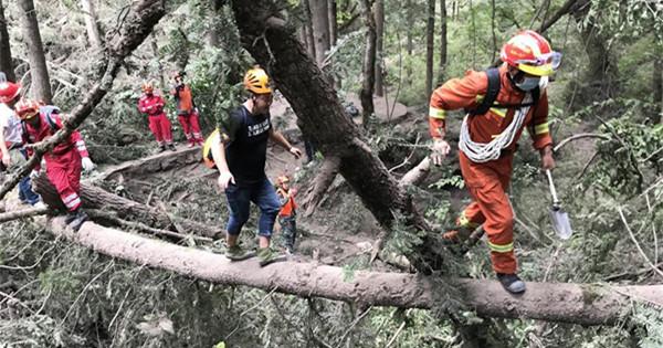 Rescuers continue further search in quake-hit Jiuzhaigou