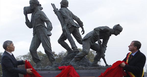 Statue erected in Belgium to commemorate WWI