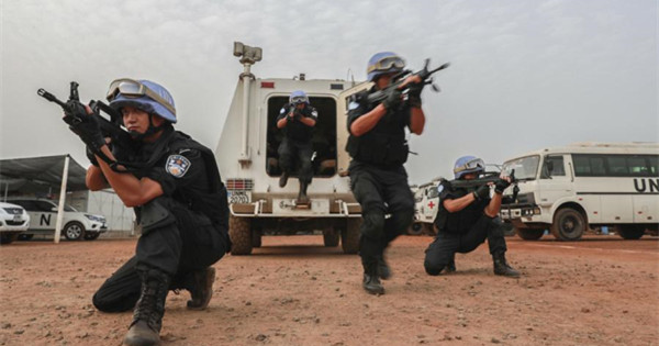 Chinese peacekeeping police serve for peace in Liberia