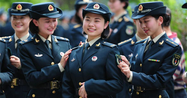 New uniforms for PLA