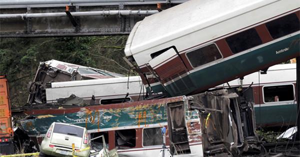 6 killed, 22 injured in Amtrak train derailment in Washington state