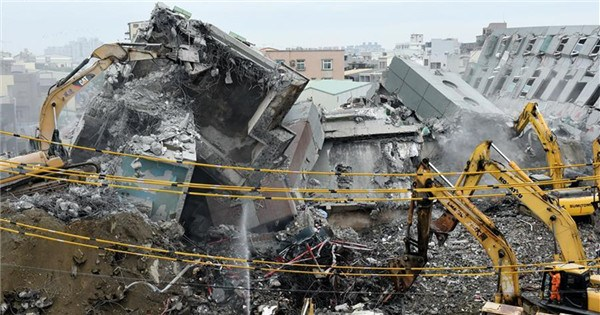 Rescue work continues at quake site in Taiwan