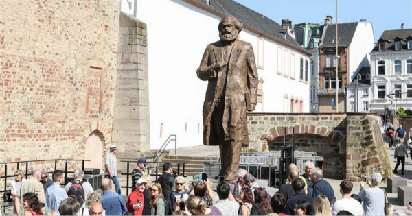 China-donated statue of Karl Marx unveiled in Germany
