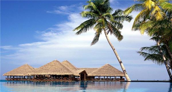 Top 10 travel spots around Hainan