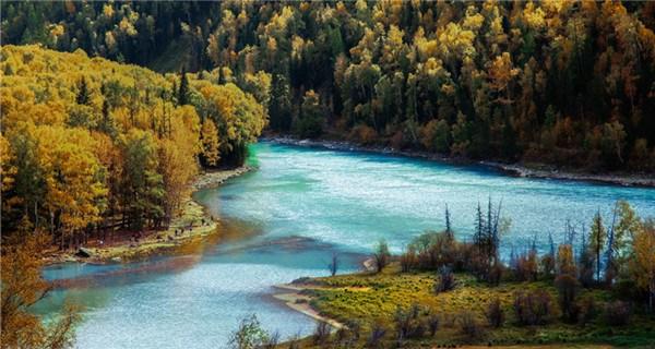 Xinjiang Altay prefecture: Land of Kazakh herdsmen, horses and golden fall