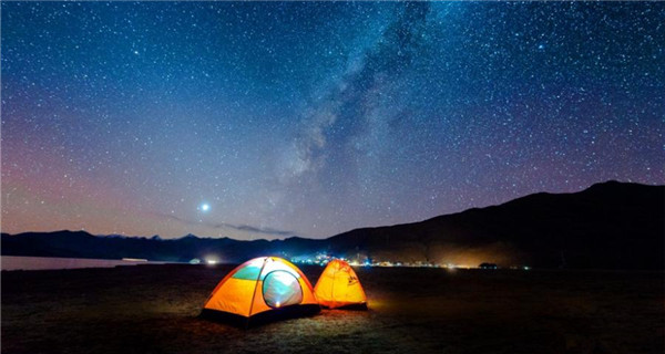 Yamdrok Lake �C best spot for stargazing in Tibet