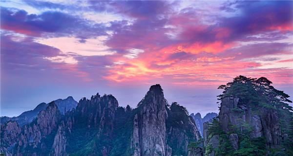 Scenery of Huangshan Mountain after rain