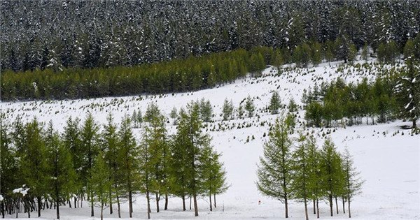 Snow scenery of east Tianshan Mountain in Xinjiang