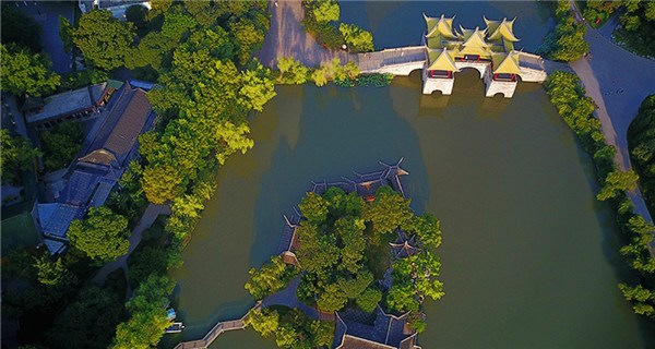 Aerial view of Slender West Lake in morning light