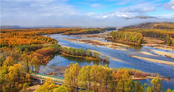 Autumn scenery of the coldest town in the Greater Khingan Mountains