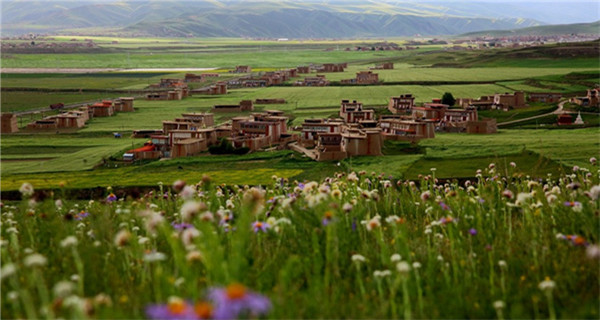 Fascinating scenery of Aba Tibetan Autonomous Prefecture
