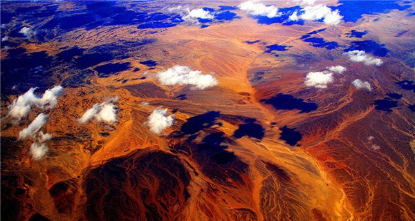 Stunning aerial shots of deserts and mountains in Xinjiang