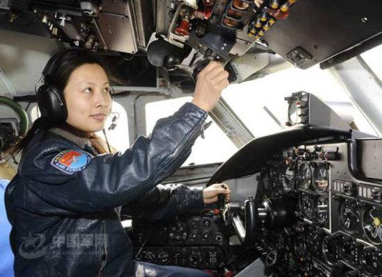 Only woman astronaut for Shenzhou-10 - Headlines, features ... Wang Yaping