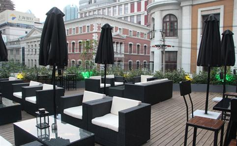 New terrace bars by The Bund