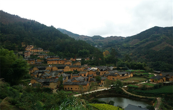 Youtian village in Lishui, Zhejiang province, has a history of more than 500 years and is now on the national list of traditional Chinese villages. (WANG KAIHAO/CHINA DAILY)