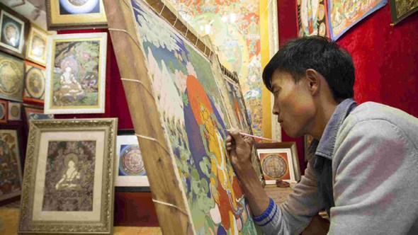 Lifelong dedication: Meeting Tibet's Thangka students