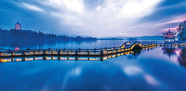 Hangzhou votes for its 10 best night attractions