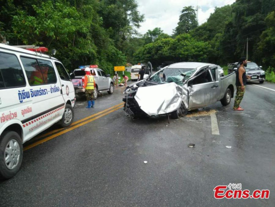 Chinese tourists injured in a car accident are rushed to hospital in Chiang Mai, Thailand, Aug. 20, 2017. The accident left 11 Chinese tourists injured, including five in critical condition.