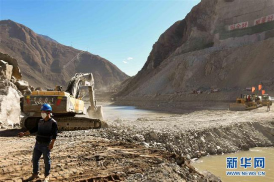 Hydropower station construction underway in upper Yangtze