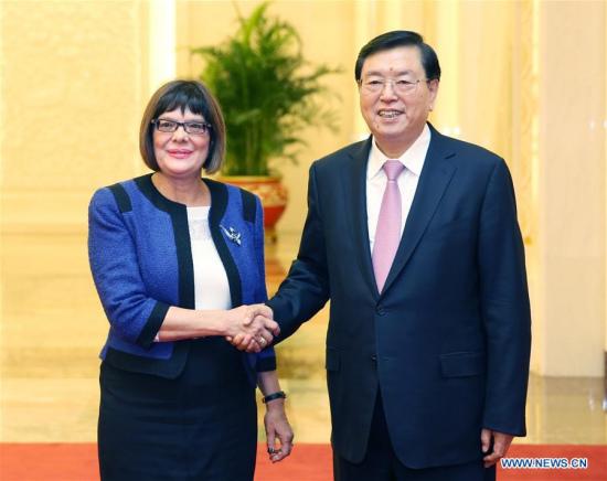 Zhang Dejiang (R), chairman of China's National People's Congress Standing Committee, shakes hands with Serbian National Assembly Speaker Maja Gojkovic in Beijing, capital of China, Nov. 27, 2017. (Xinhua/Yao Dawei)