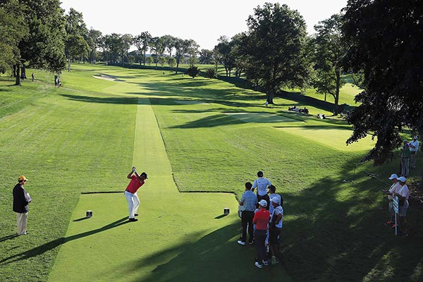 Patrick Reed of the United States plays his shot from the first tee during round two of The Northern Trust at Glen Oaks Club on August 25, 2017 in Westbury, New York. (Photo provided to China Daily)