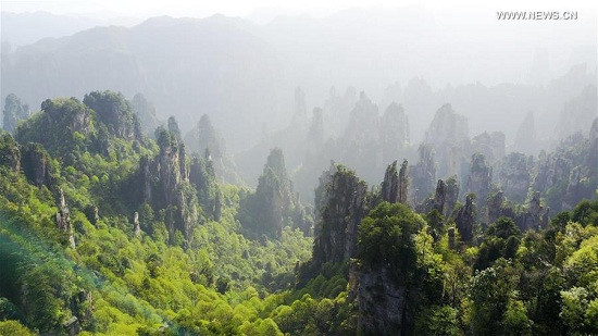 The Tianzishan scenic area is seen in Zhangjiajie, central China's Hunan Province, April 18, 2017. Zhangjiajie is a famous tourist destination in Hunan Province. (Xinhua/Chen Yehua)