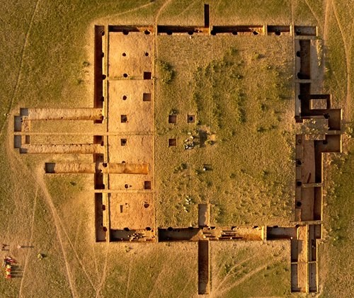 Chinese-Mongolian archeological team study mysterious Xiongnu city