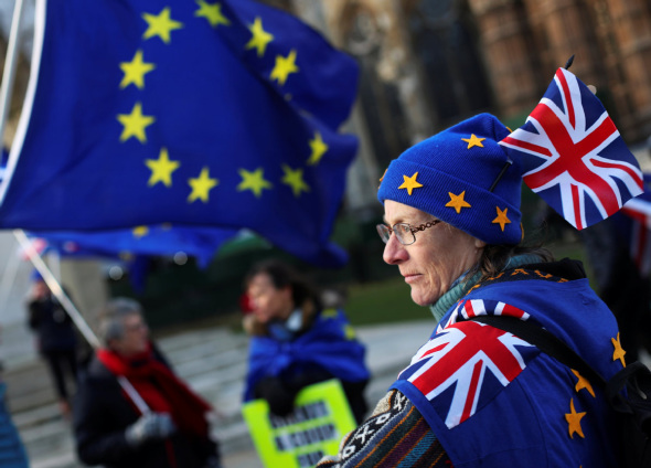 UK rejects customs union with EU