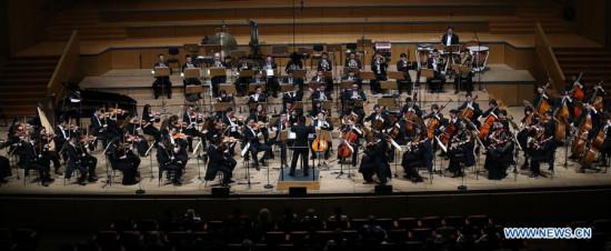 杭州爱乐乐团在雅典受到热烈的欢迎