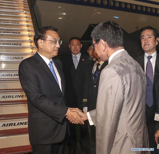 Chinese Premier Li Keqiang arrives in Tokyo, capital of Japan, for an official visit to Japan and the 7th China-Japan-Republic of Korea (ROK) leaders' meeting, May 8, 2018. (Xinhua/Pang Xinglei)