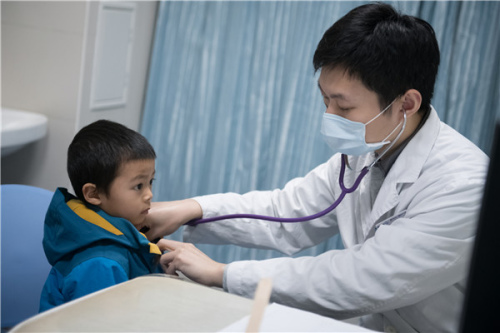 Pediatricians' fees increase by 30%
