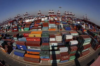 China's foreign trade to continue stabilizing in 2018: MOC