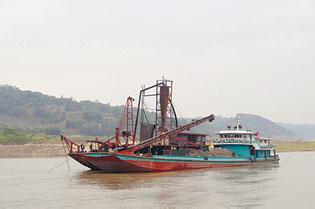 Experts call for 10-year fishing ban on Yangtze River as species go extinct