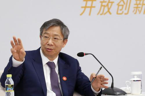 Central bank governor announces five extra financial reform measures