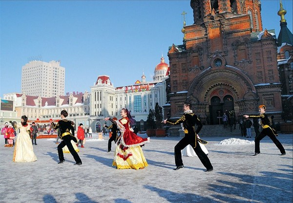 A performance in the plaza in front of the St Sophia's Church, the largest Eastern Orthodox Church in East Asia. — Zhu Shenshen