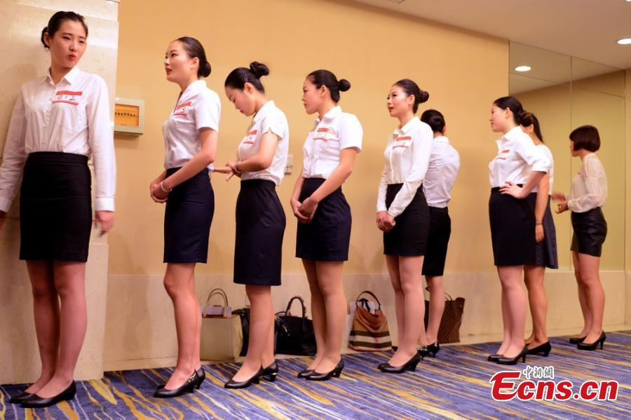 young people swarm to apply for flight attendant job19 - Apply For Stewardess Job