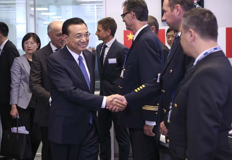 Premier Li promotes Made-in-China equipment in France