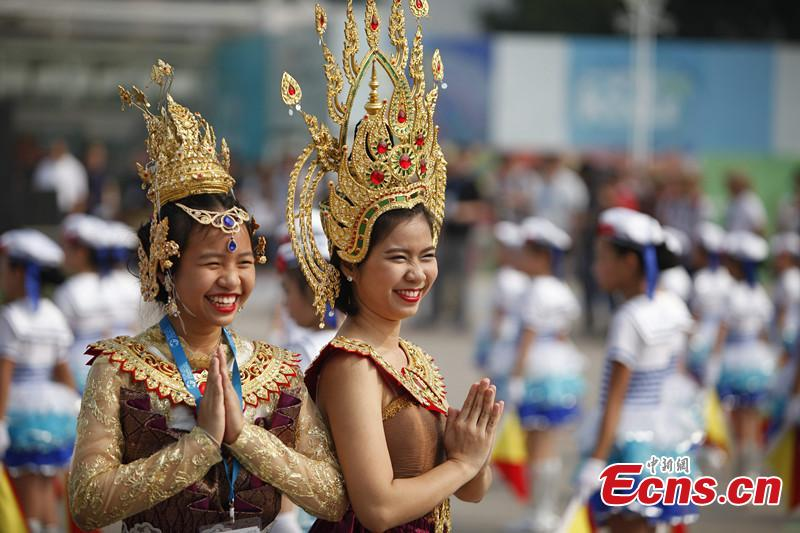 essays on thailand culture The customary greeting in thai is wai which is presented by the first youngest person of the two people greeting with their hands pressed together, fingertips pointing upwards as their head is bowed touching their fingertips.