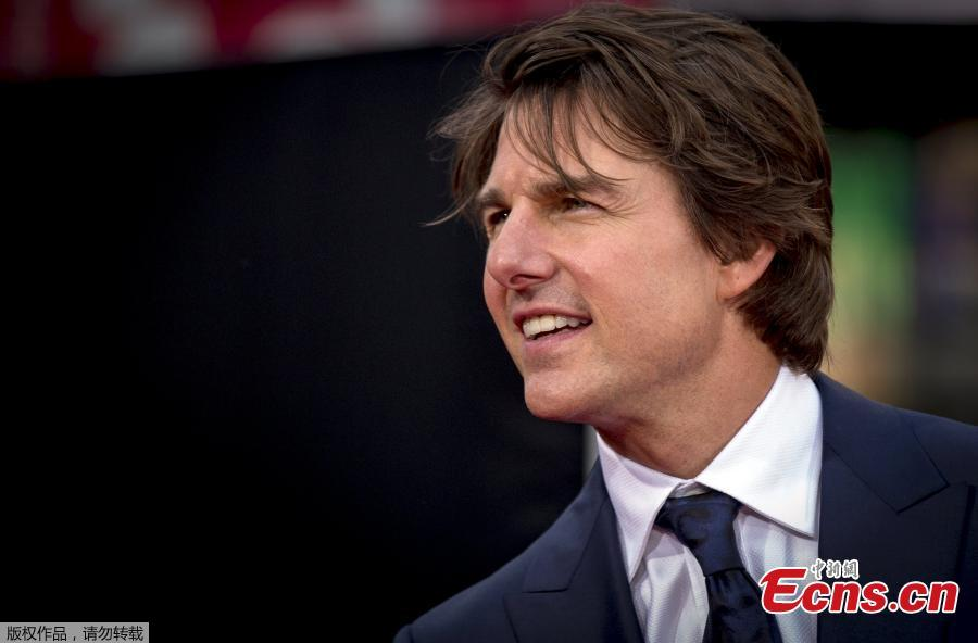 Tom Cruise Attends Mission Impossible Premiere 3 5