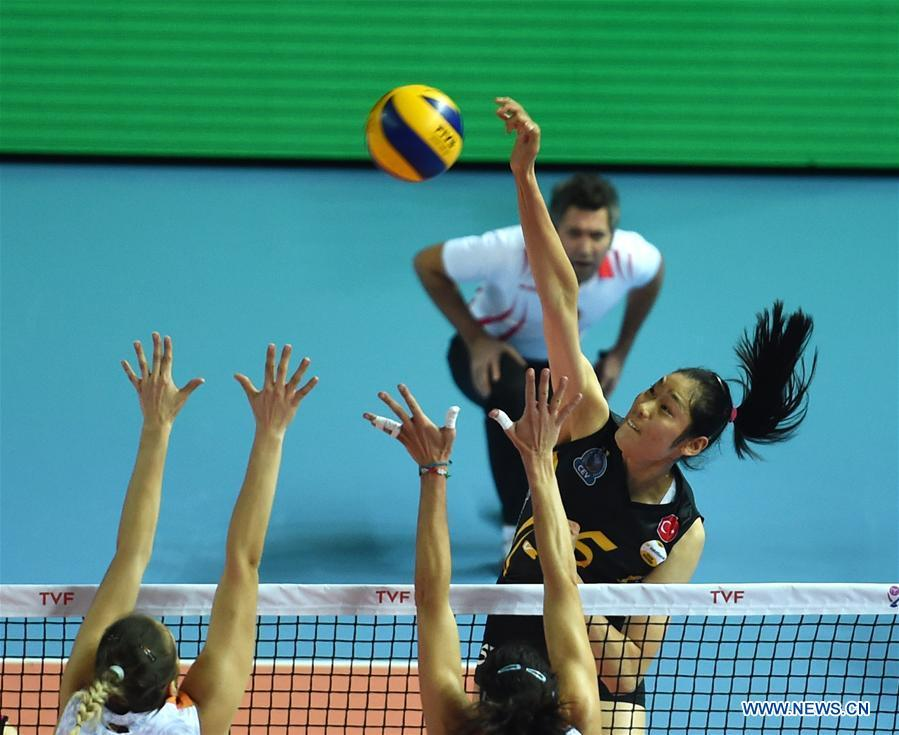 Vakifbank beats Galatasaray in Turkish Women Volleyball ...