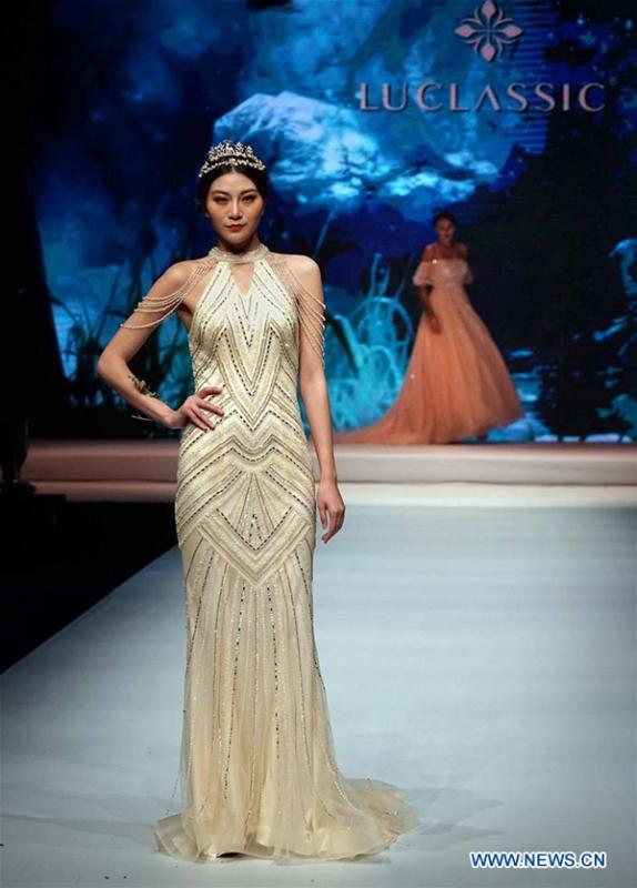 Creations presented at 2017 China Int\'l Wedding & Evening Dress Week ...