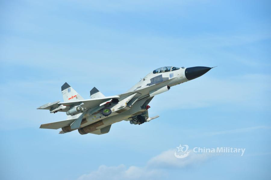 A fighter jet attached to an aviation brigade of the South China Sea Fleet under the PLA Navy takes off for a live-fire training exercise at a shooting range in the South China Sea from May 17 to 18, 2018. (Photo/eng.chinamil.com.cn)