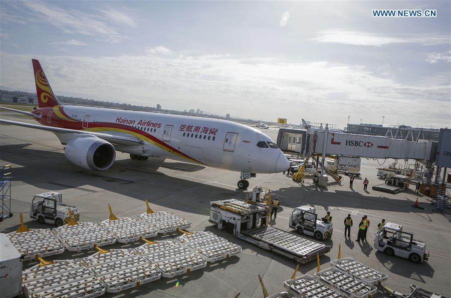 A Boeing 787 aircraft of China\'s Hainan Airlines is seen at Vancouver International Airport in Vancouver, Canada, May 25, 2018. A direct flight between Tianjin and Vancouver was launched on Friday. Flight HU7959, operated by Hainan Airlines, is the first direct passenger air route linking Tianjin with North America. (Xinhua/Liang Sen)