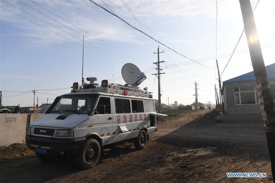 Rescuers work at quake-hit Yamutu Village of Songyuan City, northeast China\'s Jilin Province, May 28, 2018. An earthquake with a magnitude of 5.7 rocked Ningjiang District, Songyuan City of Jilin Province in early Monday morning. (Xinhua/Zhang Nan)