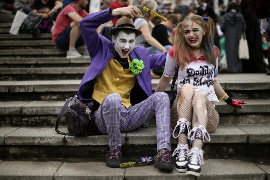 People dressed in costumes are seen at the MCM Comic Con at the ExCel center in London, Britain, on May 27, 2018. The MCM Comic Con was held in London from May 25 to May 27, attacting lots of comic fans to the popular culture gathering. (Xinhua/Tim Ireland)