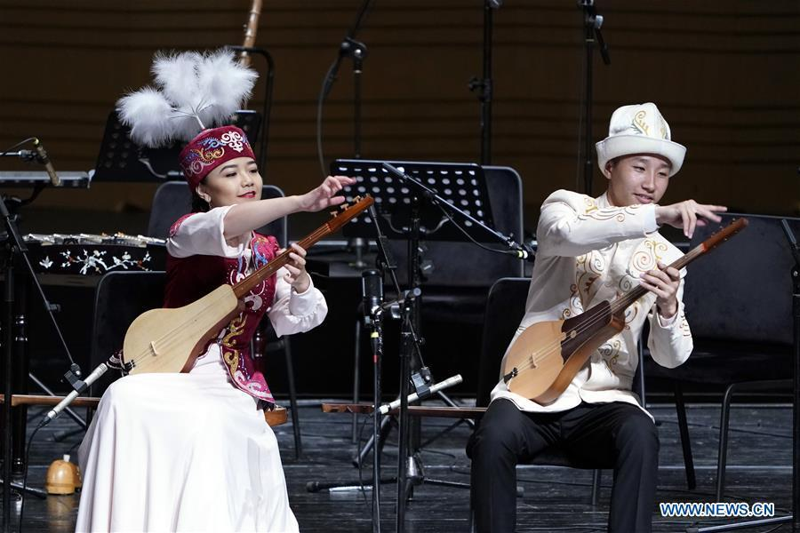 Kyrgyz musicians perform at the Shanghai Cooperation Organization (SCO) Art Festival in Beijing, capital of China, May 30, 2018. The festival opened here on Wednesday and will last until Friday. (Xinhua/Shen Bohan)