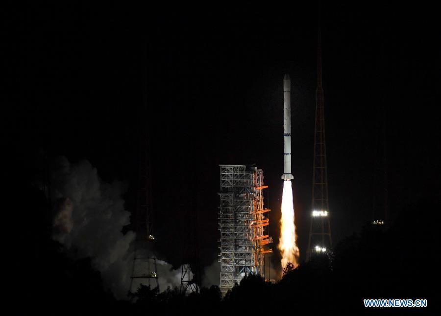 The Fengyun-2H meteorological satellite, carried by a Long March-3A rocket, is launched from the Xichang Satellite Launch Center in southwest China\'s Sichuan Province, June 5, 2018. (Xinhua/Liu Kun)