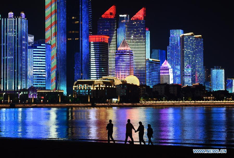 Photo taken on May 3, 2018 shows the night view of Fushan Bay in Qingdao, east China\'s Shandong Province. The 18th Shanghai Cooperation Organization (SCO) Summit is scheduled for June 9 to 10 in Qingdao. (Xinhua/Li Ziheng)