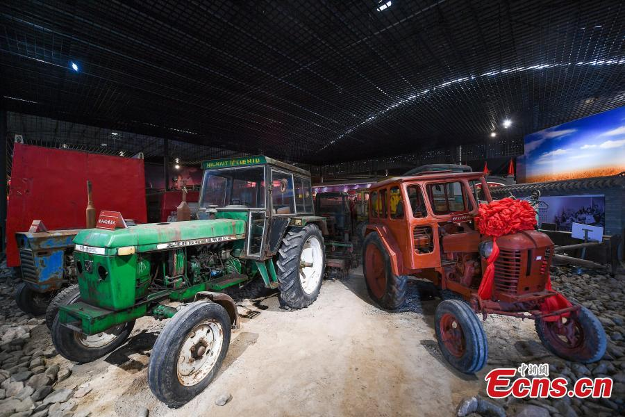 A collection of vintage vehicles is on display at the Old Vehicles Cultural Museum in Taiyuan City, Shanxi Province, June 7, 2018. The museum is home to 350 cars, motorcycles, and tractors from more than ten countries, with 90 percent of them still able to start. (Photo: China News Service/Wu Junjie)